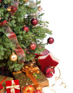 christmas-tree-with-gifts
